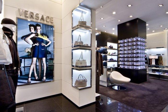София магазин Versace