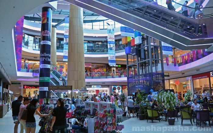 Внутри ТЦ Мол Галерия Бургас (Mall Galleria Burgas)
