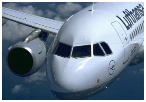 Самолет Lufthansa