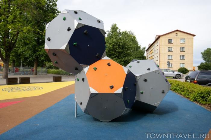 076 -детская игровая площадка Выру
