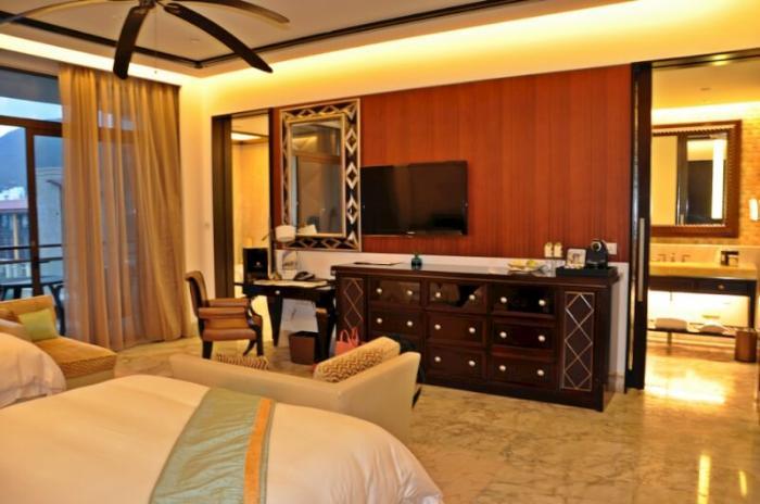 St. Regis Sanya Yalong Bay Resort 5*