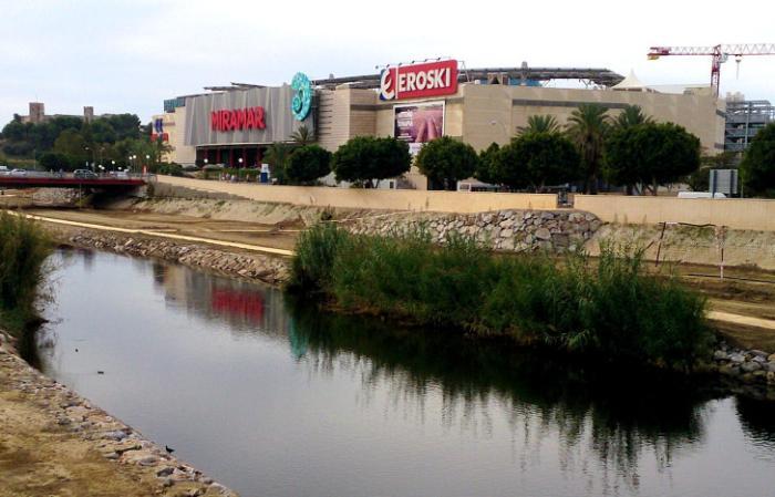 Шоппинг-центр Miramar (Фуэнхирола, Испания)