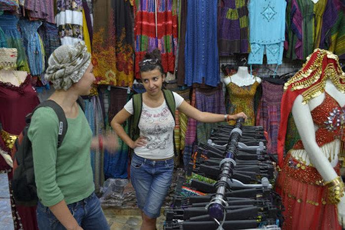 Самым популярным городом для покупок является Акаба