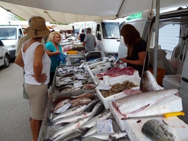 shopping-v-grecii-halkidiki2