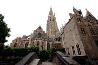 Церковь Богоматери (Onze-Lieve-Vrouwekerk