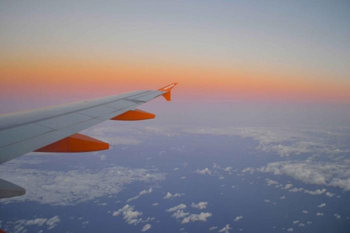 самолет рассвет