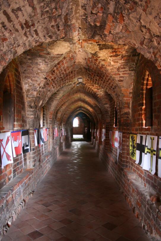 Подвалы замка крестоносцев в Торуни