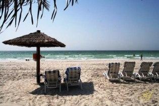 Белый песок на пляжах Аджмана