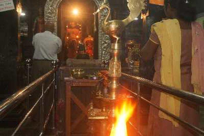 Храм Шри Мутумариамман