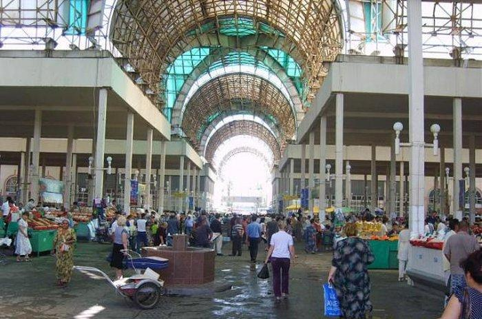 Куйлюкский базар в Ташкенте