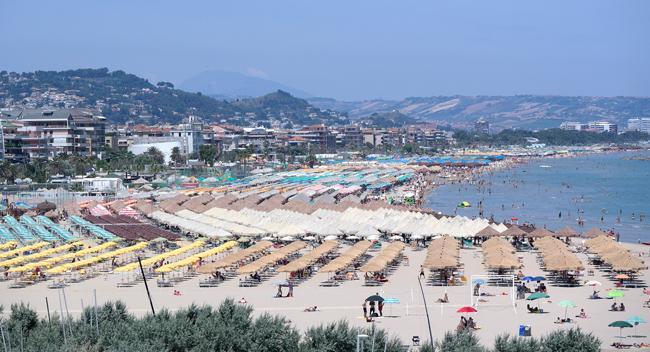 Пляж в Пескаре