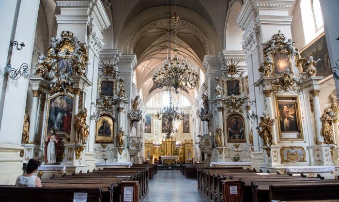 Красивая церковь в городе Люблин