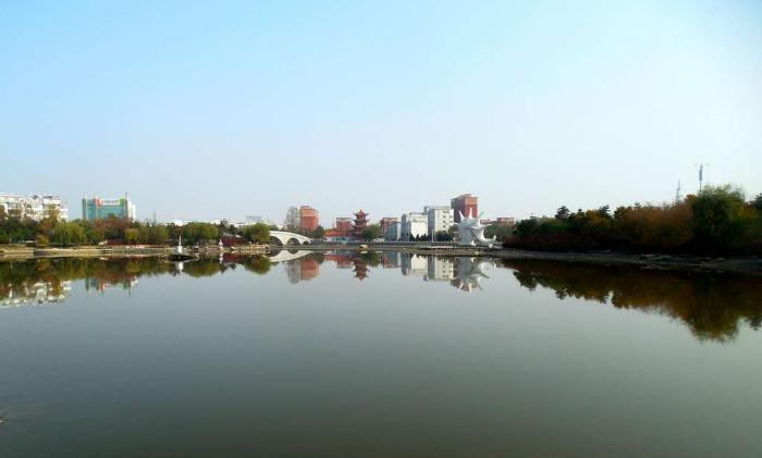 Хуньчунь, озеро в парке