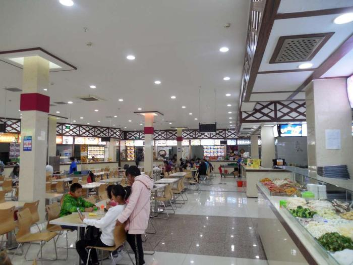Хуньчунь, кафе в супермаркете Икзлун