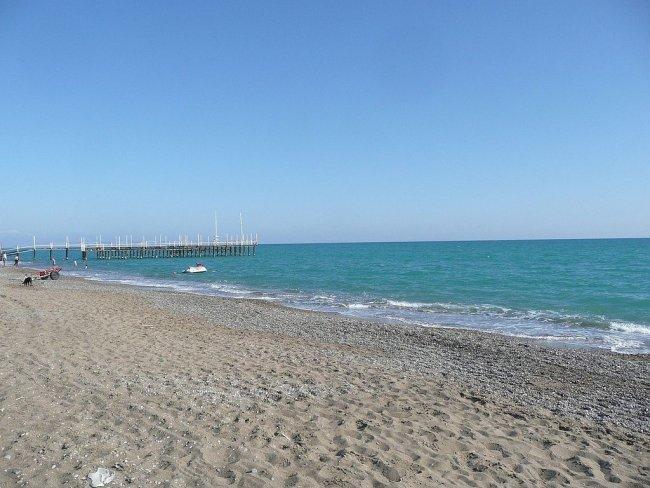 Пляж рядом с отелем Alva Donna Exclusive Hotel & Spa