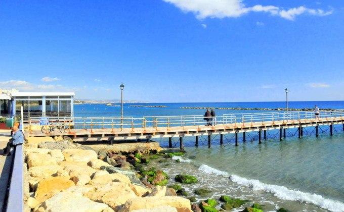 Морской пирс, центр Лимассола, Кипр