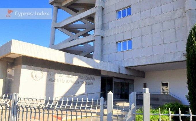 Здание суда, центр Лимассола, Кипр