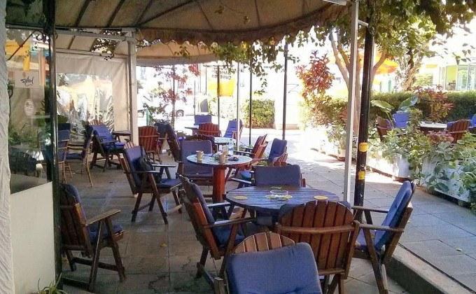 «The Old Cellar Pub», центр Лимассола, Кипр