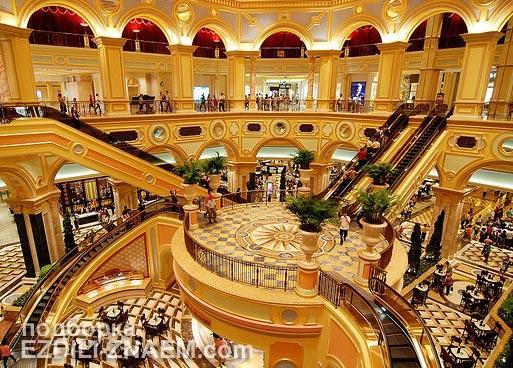 "Внутри казино ""Venetian"" в Макао"