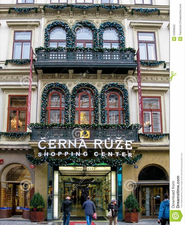 cerna-ruze-shopping-center-prague-city-czech-republic-34308552
