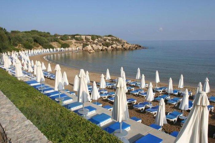 Пляжи Кирении - Denizkizi Beach