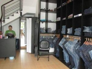 Brand Gone Wild - Магазин джинсовой одежды